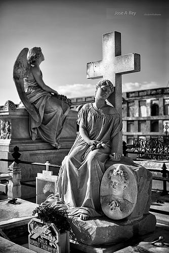 Cementerio La Reina, Cienfuegos by Rey Cuba