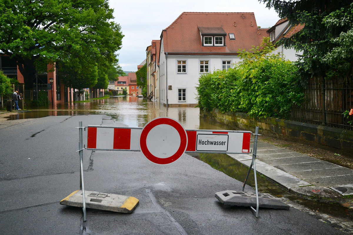 Land unter in Pirna