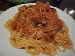 fettuccine(0.0), carbonara(0.0), spaghetti alla puttanesca(1.0), bucatini(1.0), spaghetti(1.0), pasta(1.0), spaghetti aglio e olio(1.0), pasta pomodoro(1.0), linguine(1.0), bolognese sauce(1.0), naporitan(1.0), produce(1.0), pici(1.0), food(1.0), dish(1.0), european food(1.0), chinese noodles(1.0), capellini(1.0), bigoli(1.0), cuisine(1.0),