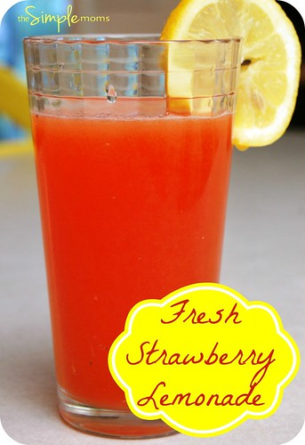 a simple real food recipe :: fresh strawberry lemonade