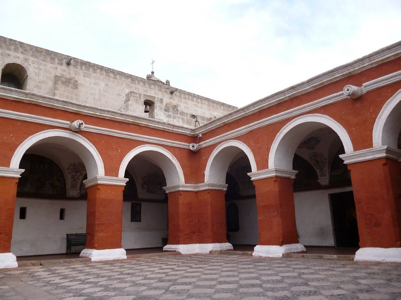 Santa Catalina arches