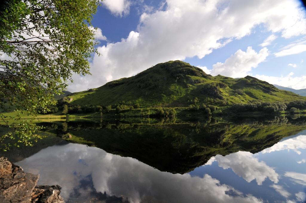 12. Espejo en el cielo de Escocia. Autor, Arosablue_