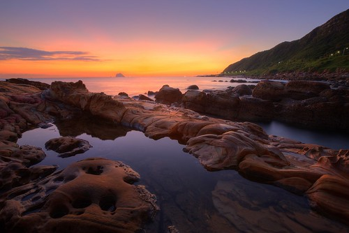 morning travel pink blue light sky color beach rock night clouds port sunrise canon landscape photography dawn coast boat fishing 北海岸 taiwan wave clear serenity greatshot rays nightview bluehour temperature 台灣 reef shipping hdr magichour keelung pinkclouds arrecife 萬里 晨曦 漁港 日出 fishingport 海邊 台北縣 colortemperature 外木山 清晨 外木山漁港 海蝕平台 基隆嶼 晨景 船舶 漁業 色溫 霞光 rosyclouds 彩霞 風景攝影 夜曝 台灣影像 大武崙漁港 新北市 newtaipeicity 色溫攝影 晨霞 大武崙澳澳底漁港 基隆圖庫漁港
