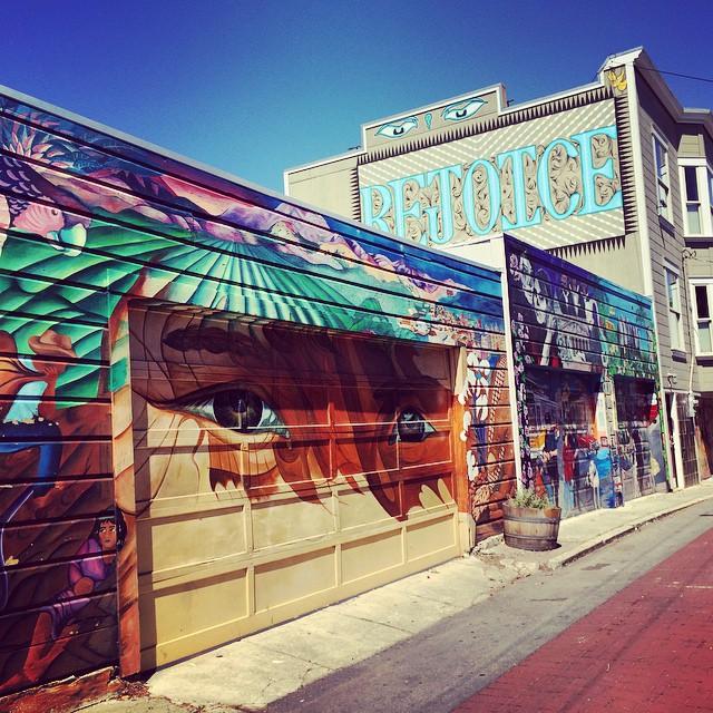Rejoice 🎉☀️💛 #sfmurals #sfmission #balmyalley #sanfrancisco #wanderentes #travelingjourno #bayarea #streetart