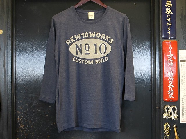 REW10WORKS CUSTOM BUILE TEE