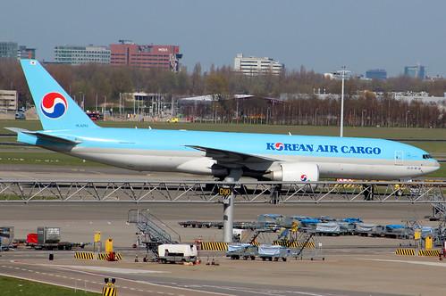 B77L - Boeing 777-FB5