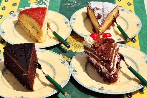 Torte Garten Schwarzwälder Kirschtorte Sachertorte u. a.