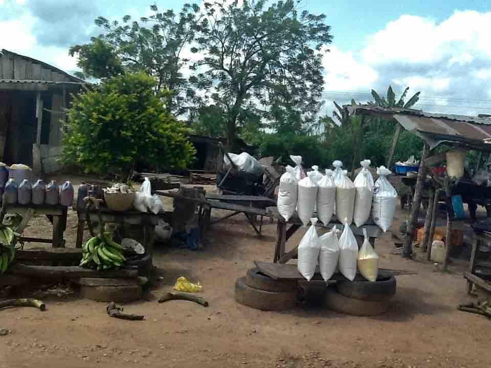 Roadside Market, Akure – Owo – Ifon – Benin Road, Ondo State, Nigeria. #JujuFilms near Asolo