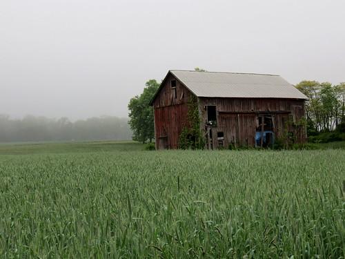 field barn scenic redbarn oldbarn newjerseynature