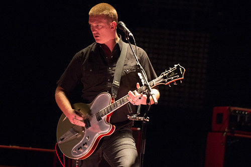queens_of_the_stone_age-the_wiltern_ACY9497