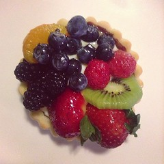 Fresh fruit tart, my all-time favorite item from Take the Cake.