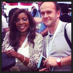 aquí con mi amiga la GLORIA GAYNOR, 'I will survive' #bea13 #ny