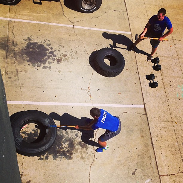Spying on #jonesysboyz hammering tires. #focus #crossfit #palifootball