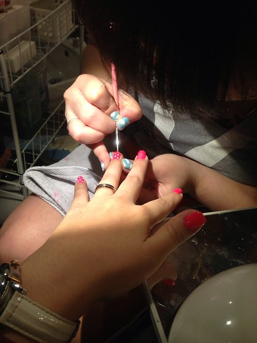 Lavishing me nails