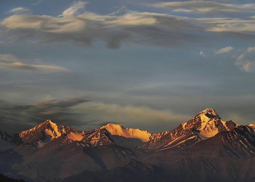 morning sky india mountain color colour clouds sunrise painting landscape dawn colours peace peak peaks himalaya leh range himalayas jk ladakh morn lopamudra lopamudrabarman