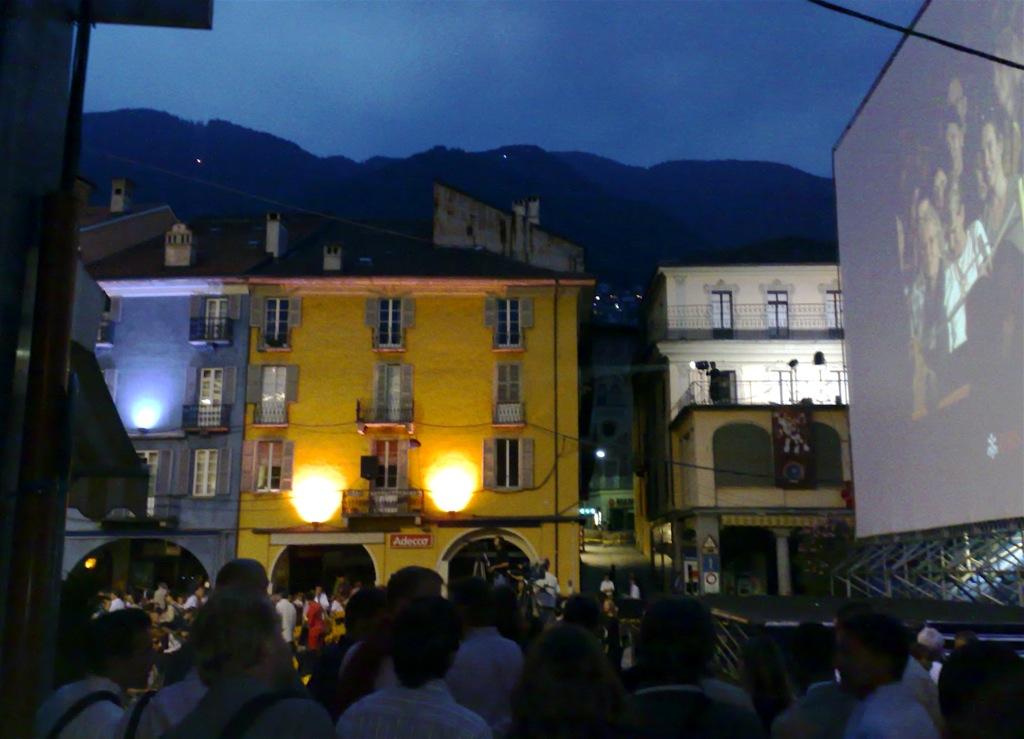 Piazza Grande de Locarno. Todo preparado para el Festival de cine. Autor, Keepthebyte