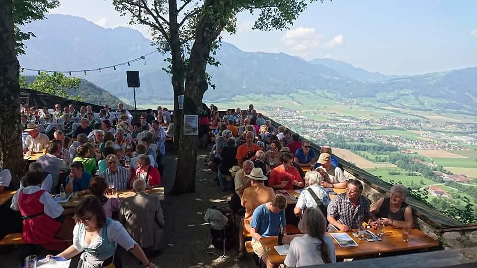 Burgfrühschoppen 2016