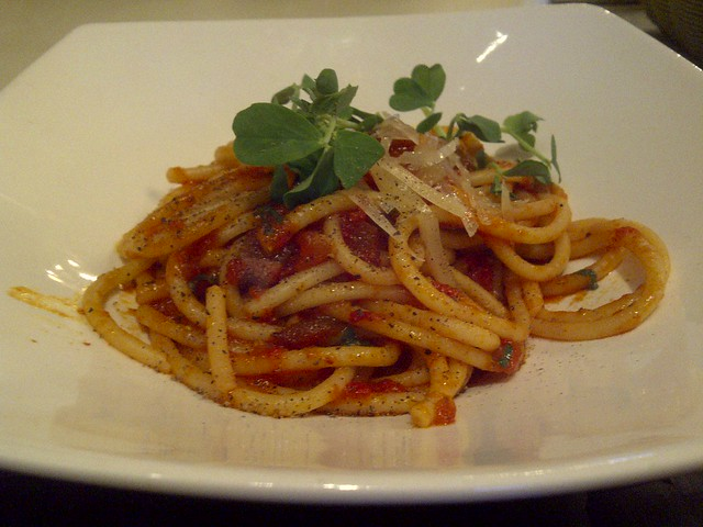 BUCCATINI ALL'AMATRICIANA