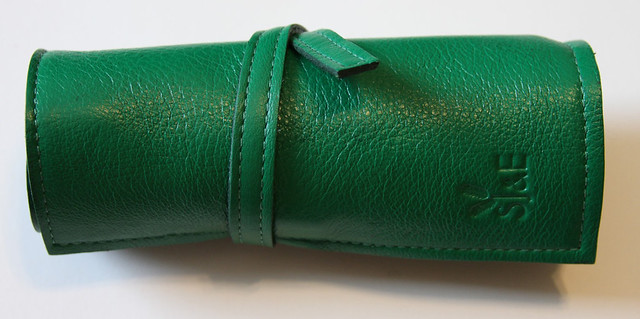 Sula Jane and Earl 4 Pen Wrap - Kelly Green