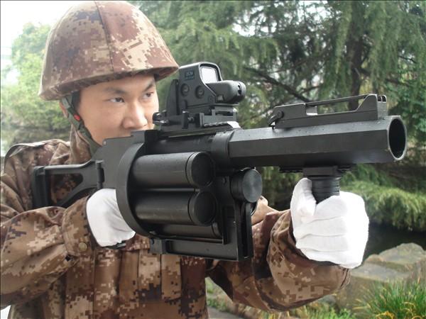 LG4型40毫米转轮榴弹发射器
