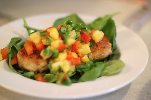 coconut shrimp cakes with mango pineapple salsa