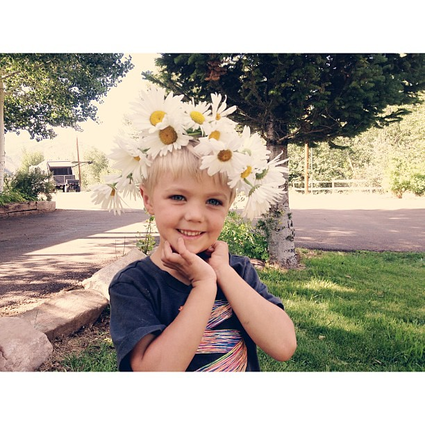 The flower child of the family reunion. #vscocam #afterlight #ohcaptainourcaptain #ihavenodaisychainskills