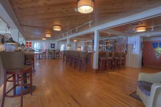 Bogies bar at Spruce Point Inn