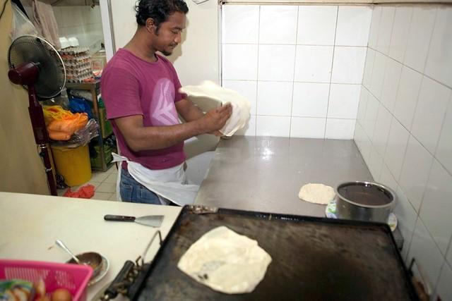 roti canai - mid valley makan place-001