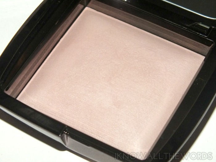 Hourglass Ambient Lighting Powder- Mood Light (2)
