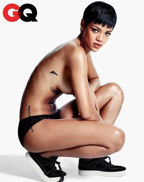 Rihanna-6-514x650