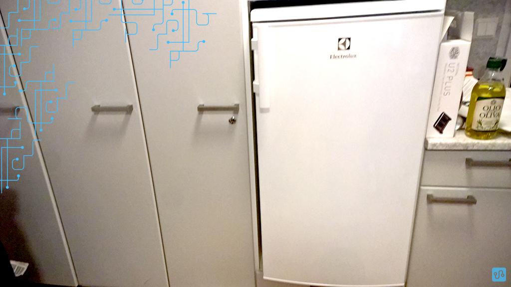 A nova geladeira... WRRRONG FRRRRRIDGE :)
