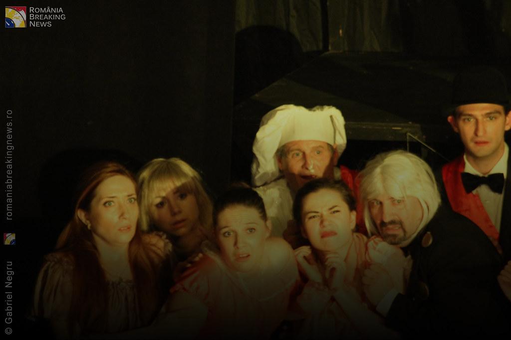 Tetrul_Nottara_si-a_ridicat_oficial_cortina_Trupa_Teatrului_Ginta_Latina_din_Chosinau (23)