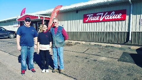 #Rib Lake #Wisconsin has a population of 910 but they also have a newly remodeled Rib Lake #TrueValue store.  #Congratulations to Janet and Scott Shubert on your #GrandReopning and your commitment to your community. #ThisIsTrueValue #ShopLocal @TrueVal