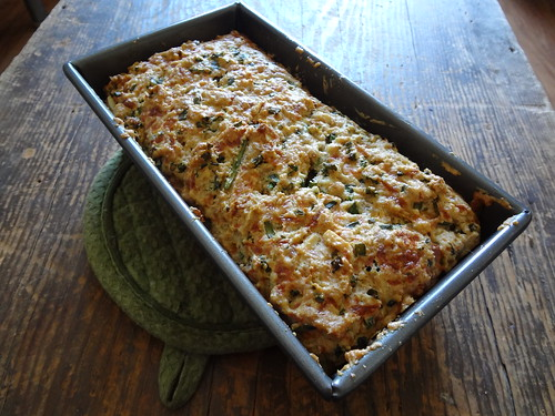 2012.04_cheddar chive bread