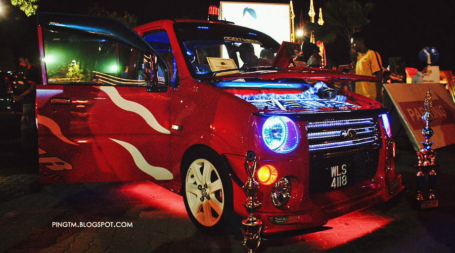 Red Perodua Kenari Blue LED