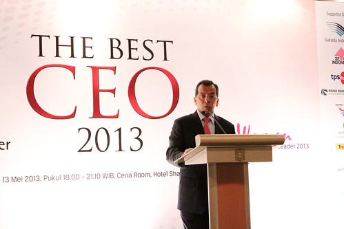 The Best CEO & Indonesia Future Business Leader Award 2013 ~ Presentasi Emirsyah Satar.