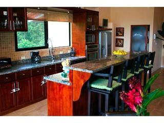 manuel antonio kitchen