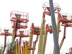 recreation(0.0), outdoor recreation(0.0), drilling rig(0.0), construction equipment(0.0), oil field(0.0), park(0.0), roller coaster(0.0), amusement ride(1.0), amusement park(1.0),