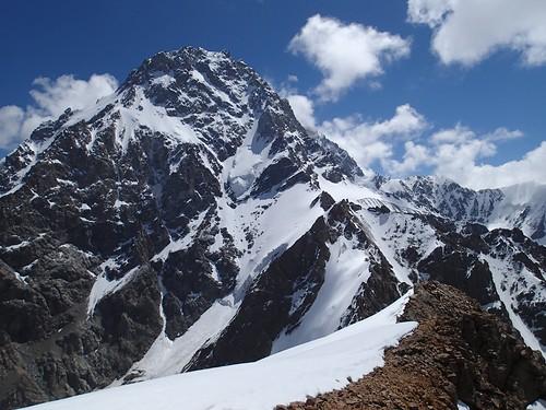 russia climbing caucasus mountaineering summit bezengi безенги dykhtau дыхтау пиксеменовского semenovskogo южномугребню башхаауэбаши пикселлы