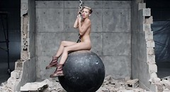 miley cyus wrecking ball naked pics