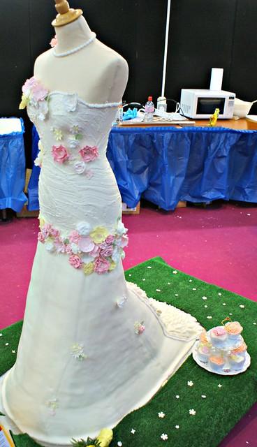 Wedding Dress Cake by Cakeology Ltd
