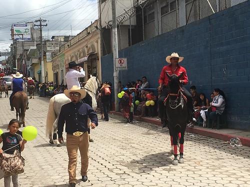 グアテマラの乗り物