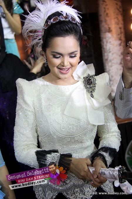 Siti Nurhaliza Launch SimplySiti Perfume