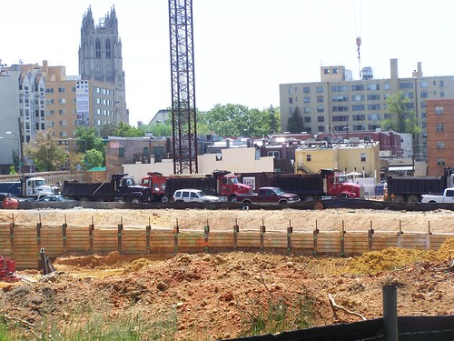 Construction site, Wisconsin Avenue NW, Cathedral Commons