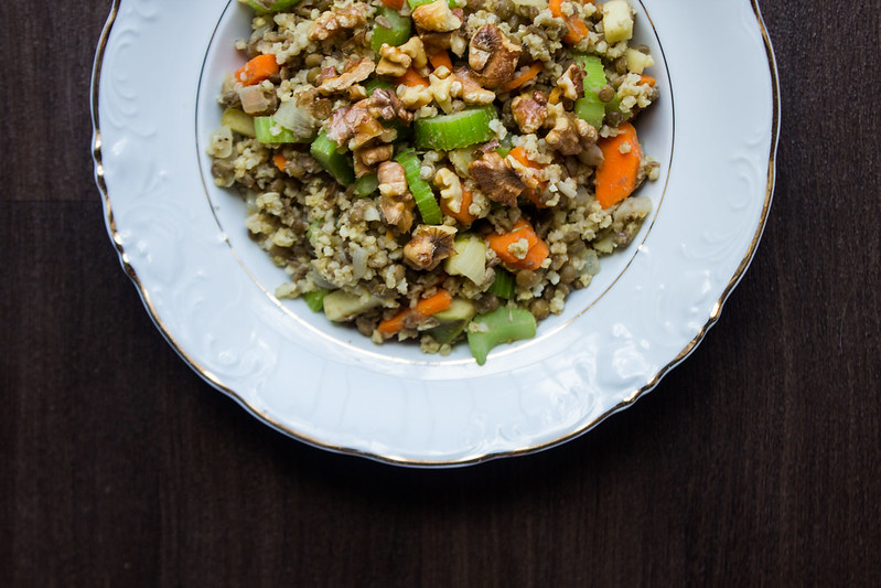 lentil walnut & apple salad
