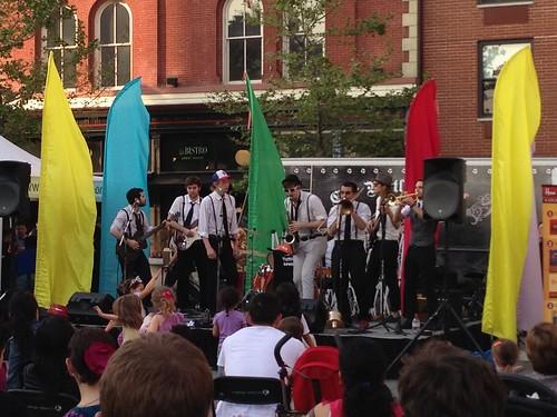 Harmonica Lewinskys, Grove St., Jersey City