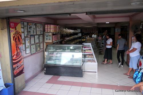 la-moderna-bakery.jpg