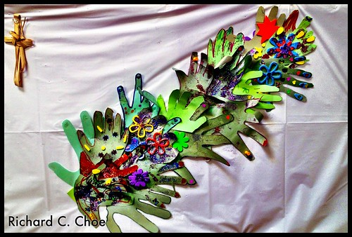 Hands (2013, 6.23) by rchoephoto