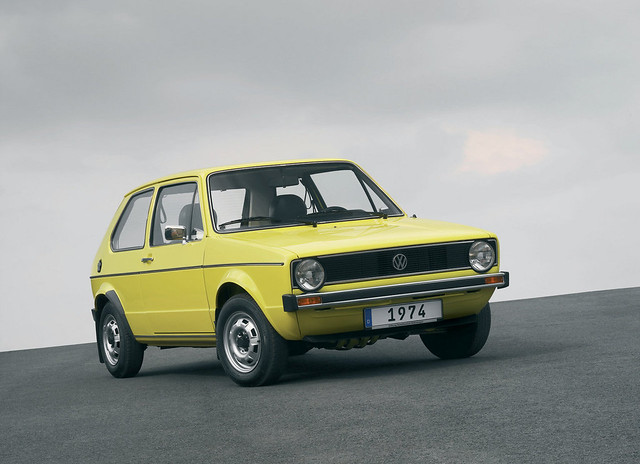 Volkswagen-Golf_I_1974