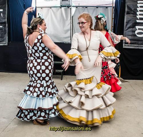Bailes por sevillanas Elisa y Trini-5 by Sansa - Factor Humano